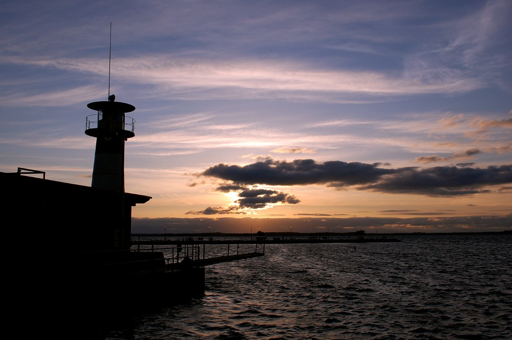 sunset at Tenney Park Lighthouse