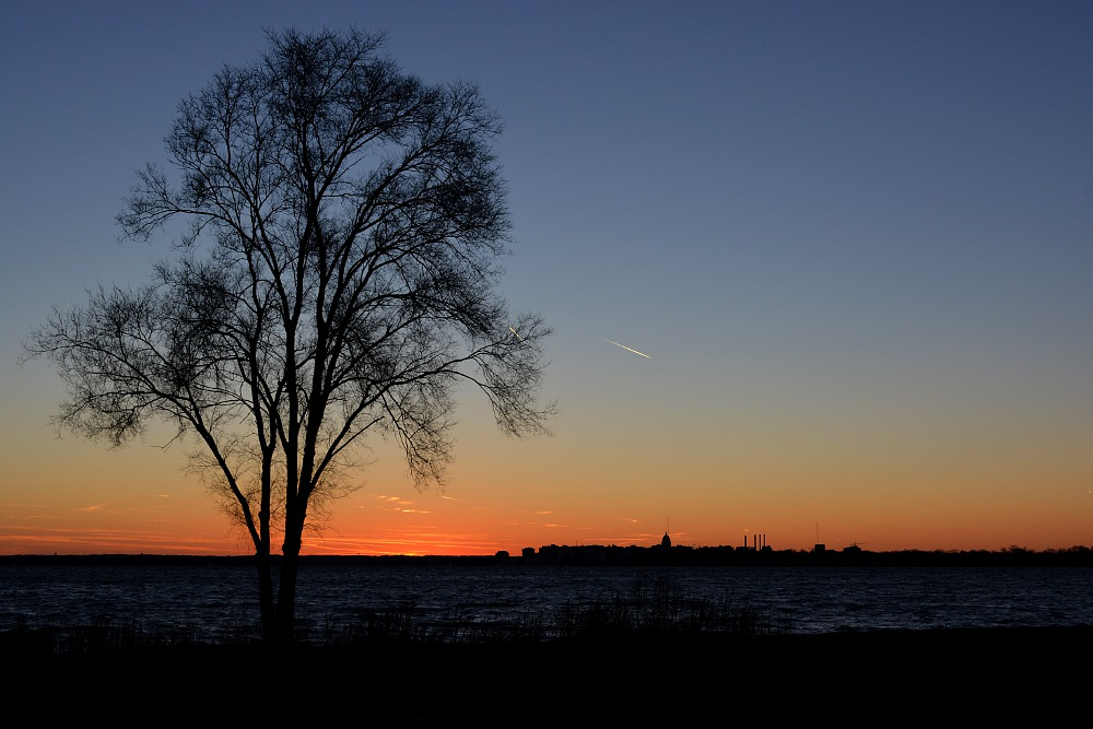 Twilight along the shore of Lake Monona