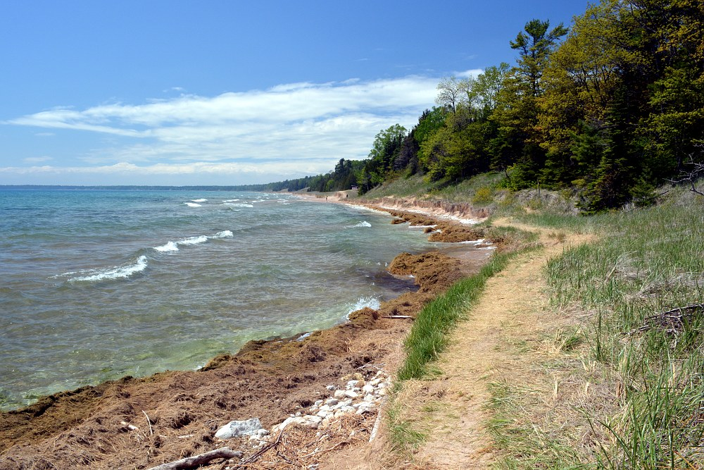Hiking trail along the Lake Michigan shore