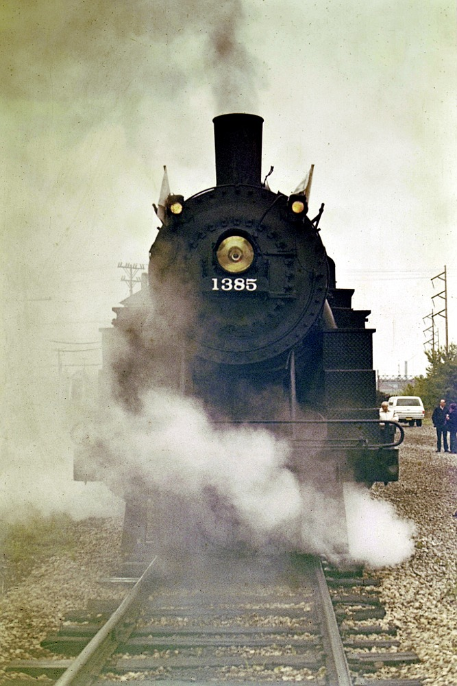 Front of C&NW steam engine 1385
