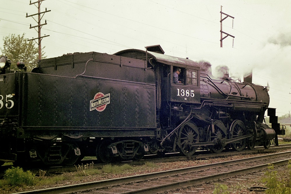 Side view of C&NW steam engine 1385